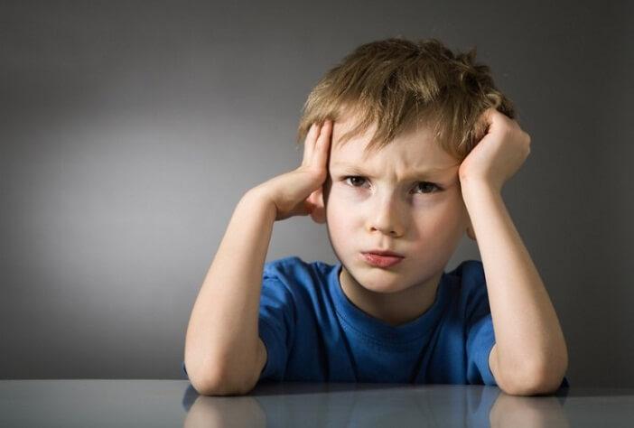 Những dấu hiệu cho thấy trẻ chậm phát triển trí tuệ