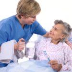 Những thông tin cần biết về dịch vụ chăm người bệnh